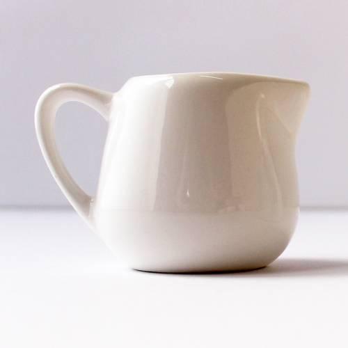Jarra blanca 100 ml  Utensilios de cocina