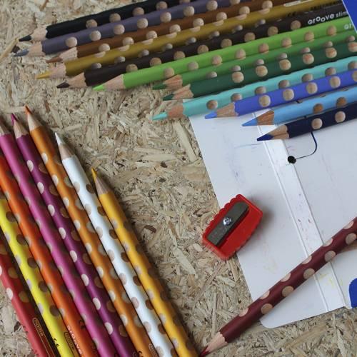 24 lápices de madera triangular Lyra  Aprender a escribir