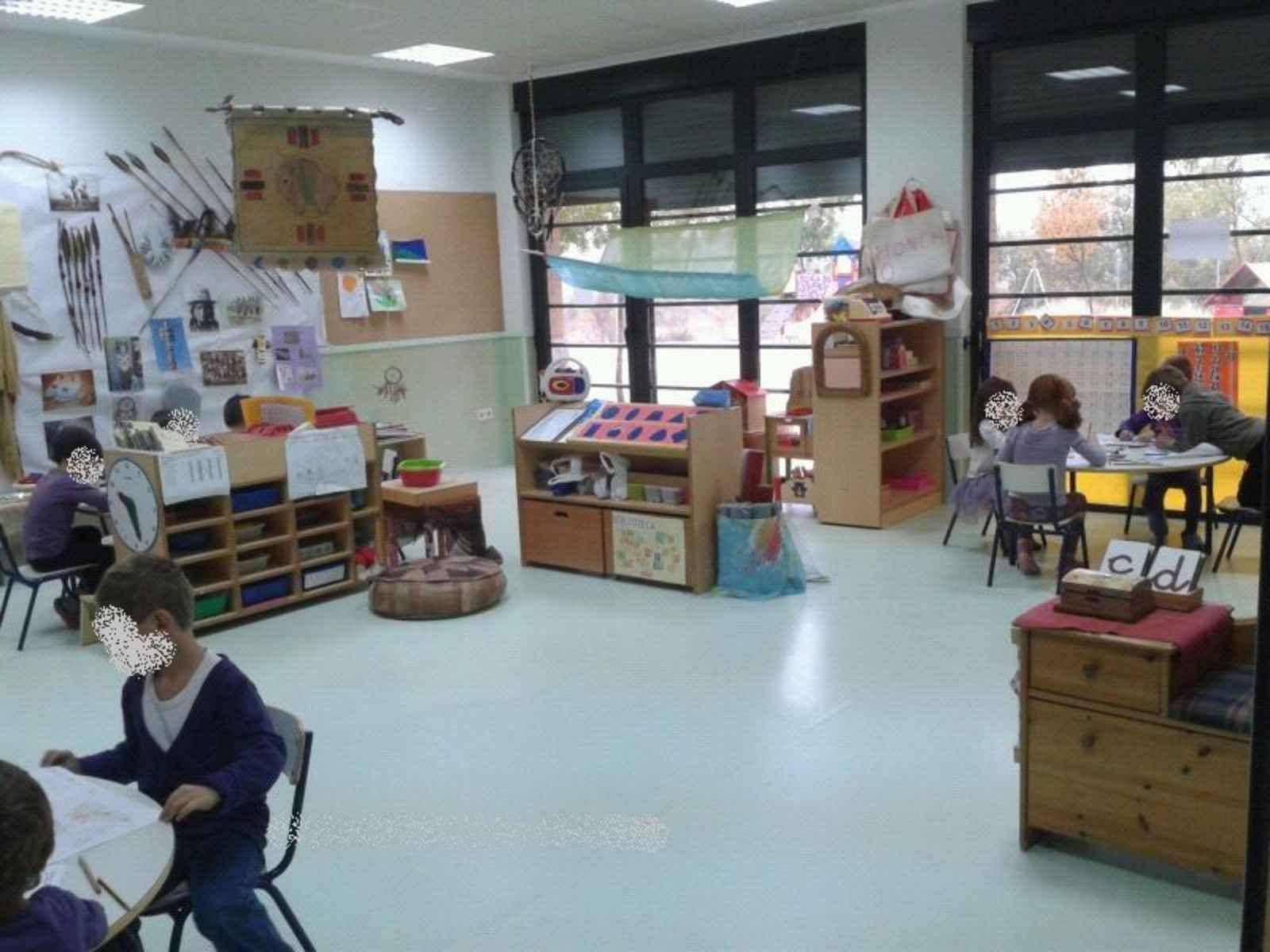 Escuela Para TodosEn Montessori Pública La hQrtCsd